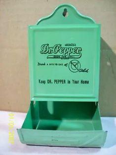 Pepper match holder in cottage green.