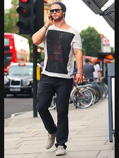 LONDON CALLING photo | Chris Hemsworth #men #style #fashion