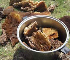 Tutorial- How to make your own beeswax  http://katiegroveart.wordpress.com/2012/11/24/tutorial-how-to-make-your-own-beeswax/