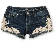 Cute shorts.... bet I could make this myself