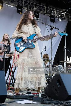 Musician/model Charlotte Kemp Muhl of The Ghost of a Saber Tooth Tiger performs onstage during Day 3 of Levitation Festival at Carson Creek Ranch on May 2015 in Austin, Texas. Guitar Girl, Music Guitar, Female Rock Stars, Kemp Muhl, Women Of Rock, Female Guitarist, Music Images, Badass Style, Metal Girl