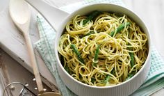 Slimming World's linguine with creamy pesto sauce