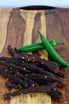 This Mexican Heat Beef Jerky is made with spicy Serrano peppers and red pepper flakes to light your lips on fire and satisfy that spice craving. Spicy Recipes, Meat Recipes, Cooking Recipes, Venison Recipes, Sushi Recipes, Smoker Recipes, Cheese Recipes, Cupcake Recipes, Beef Jerky
