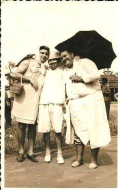 """Na primeira foto, seu Aderbal, com Gigi e Altair Lemos (pai da Tica), um dos fundadores da Banda e """"diz a lenda"""", que uma das figuras mais festeiras que esse Amapá já teve."""