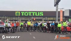 A las 8:00 dimos inicio a la práctica de ciclismo con los triatletas #Scott #RoadRunnersChile