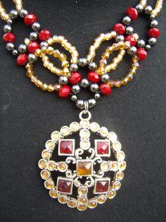 champange and ruby collar  $16.95  www.etsy.com/shop/meandjpsjewelry