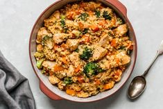 Recept Couscous met Kip en Broccoli   GIRLS WHO MAGAZINE Couscous, Healthy Recipes, Healthy Food, Paella, Cooking, Ethnic Recipes, Healthy Foods, Kitchen, Healthy Food Recipes