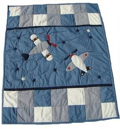 do a panel of planes and squares like this for Cannon's plane quilt Colchas Quilting, Quilting Projects, Quilting Designs, Patch Quilt, Applique Quilts, Airplane Quilt, Baby Sheets, Baby Quilt Patterns, Baby Boy Quilts
