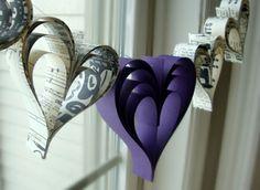 Bastelideen lila Papier herzen girlanden
