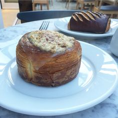 The Welsh rarebit croissant from the famous Dominique Ansel bakery just opened in London!