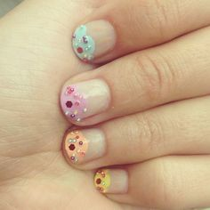 Adorable cupcake nails from Beauty Ed. Amanda Elser! These look sweet enough to eat!