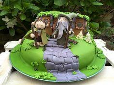 Hobbit House cake gandalf Frodo by Agnes Linsen Bolo Hobbit, Hobbit Cake, The Hobbit, Lemon Filling, Cream Cheese Filling, Cake With Cream Cheese, House Cake, Flower Cakes, Spice Cake