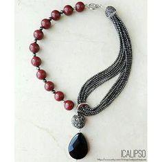 Guarda questo articolo nel mio negozio Etsy https://www.etsy.com/it/listing/480487588/gioielli-collana-di-rubini-rosso-per-le