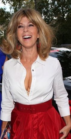 Kate Garraway Give me some Britain warm Milk From your Big Boobs Mama Beautiful Celebrities, Gorgeous Women, Beautiful Females, Kate Galloway, Sexy Older Women, Sexy Women, Kate Gosselin, Celebrity Boots, Buxom Beauties
