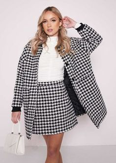 - black- co-ord set- oversized longline jacket- mini skirt- tweed material- houndstooth patterned- ribbed collared neckline- ribbed cuff end sleeves- double side patch pockets- inside lining- waistband detail- invisible back skirt zipper fastening- stitched hemline- length from shoulder: 78cm- length from waist: 39cm- product code: sonnet-black Lulu Fashion, Skirt Co Ord, Co Ord Sets, Long A Line, Houndstooth, Tweed, Hemline, Collars, Bell Sleeve Top