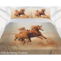 Wild horse design that features a large motif of a mare and foal galloping with windswept manes across the wilderness. Warm tones of brown and beige will create a cosy and comfortable mood in your bedroom with the mare and foal in redd Cute Teen Bedrooms, Cute Bedroom Ideas, Horse Bedding, Horse Quilt, Room Design Bedroom, Bedroom Themes, Cowgirl Room, Indian Theme, Kids Bedding Sets