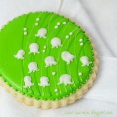 20 flower cookie decorating tutorials!