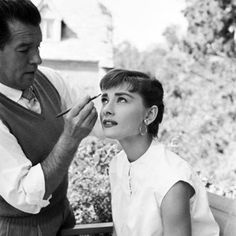 "Audrey Hepburn photographed on the set of ""Sabrina"", c. 1953. - #AudreyHepburn #Cinema #Movie #ClassicMovies #ClassicHollywood #OldHollywood #Vintage #VintageHollywood #VintageFilm #VintageMovies #Hollywood #GoldenAgeCinema #GoldenAgeOfHollywood #OldMovies #GoldenAge #GoldenEra"