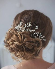 Tonya Pushkareva Long Wedding Hairstyle for Bridal via tonyastylist / http://www.himisspuff.com/long-wedding-hairstyle-ideas-from-tonya-pushkareva/8/