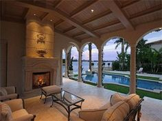 Oh, nothing, just hanging out in my living room/porch/poolside lounge area...WOW!!