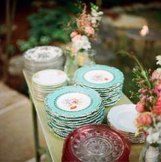 mix and match china. hmmmm.... flea markets, g.sales,.... instead of plastic or paper plates. Kinda liking this idea