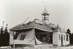 Damage to the Tufts Cove school from the Halifax Explosion the largest artificial blast before the nuclear age (6 December 1917) [2700x1806]