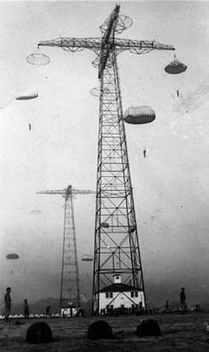 Jump Towers - Fort Benning, GA...In WW2 American paratroopers practiced jumping from these before they jumped from planes. Airborne Army, Airborne Ranger, Military Life, Military History, Fort Benning, Ga In, Military Photos, Paratrooper, War Machine
