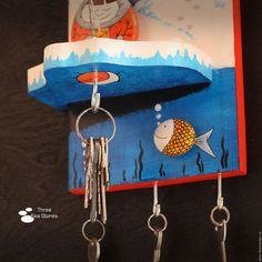 Купить или заказать Панно-ключница 'Любитель зимней рыбалки' в интернет-магазине на Ярмарке Мастеров. В нашем ассортименте ключниц есть четыре наиболее популярных и часто повторяемых работы. Эта - одна из них. Идеальный подарок на 23 февраля, на день рождения или другую дату.))) Беспроигрышный вариант, когда нужно что-то подарить человеку, у которого есть всё!