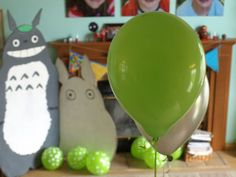 A Miyazaki themed birthday party! Too late for me, but maybe for Jon.....notice it's not for the little one. :)