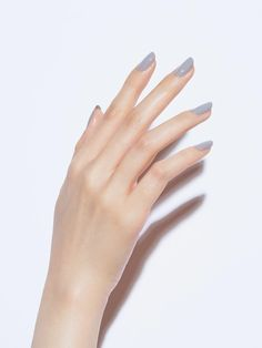 Use These Ways To Assure An Incredible Experience Classy Nails, Stylish Nails, Simple Nails, Cute Nails, Broken Nails, Manicure Y Pedicure, Minimalist Nails, Pretty Hands, Beautiful Hands