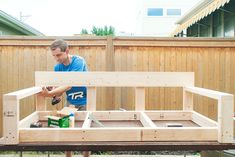 DIY Porch Swing step-by-step diy oversized porch swing (modified ana white tut)<br> sweet home chicago Backyard Sheds, Backyard Patio, Backyard Seating, Patio Decks, Outdoor Projects, Home Projects, Pallet Projects, Porche Frontal, Diy Porch