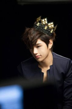 L (MyungSoo) #INFINITE #KPOP Come visit kpopcity.net for the largest discount fashion store in the world!!