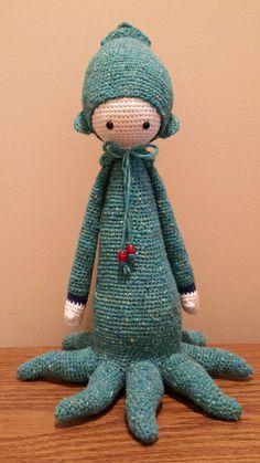 OLEG the ctopus made by Dlarson126 / crochet pattern by lalylala