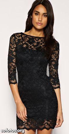 Vestido de renda preto curto