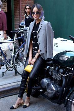 Model Irene Kim at New York Fashion Week in a Thom Browne jacket, Adam Selman top, Polo Ralph Lauren pants, Chanel slingbacks and Fendi bag. Fashion Mode, New York Fashion, Star Fashion, Paris Fashion, Korean Fashion, Net Fashion, Street Fashion, Top Street Style, Nyfw Street Style