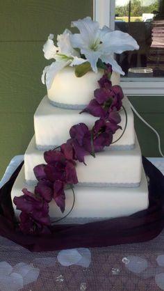 dark purple, silver, and white wedding cake