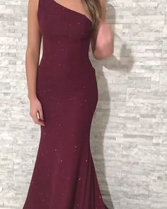 Fabulous One Shoulder Neckline Mermaid Evening Dresses Source by Dresses Farewell Dresses, Gala Dresses, Dance Dresses, Homecoming Dresses, Bridesmaid Dresses, Sexy Wedding Dresses, Elegant Dresses, Cute Dresses, Beautiful Dresses
