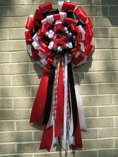 Hogs Baby Door Bow by PetalChicDesigns on Etsy, $33.00