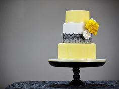 So pretty!! Contemporary Cake