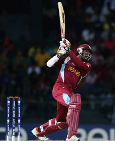 Chris Gayle Hitting a Huge Six Amazing Photos, Cool Photos, Test Cricket, Sports Personality, Crickets, West Indian, Luxury Life, Sports News, Sri Lanka