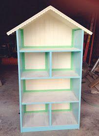 Example of Bookcase Dollhouse Idea) simple as that: Diy Dollhouse Bookshelf: Handmade Christmas Gift Dollhouse Bookcase, Bookcase Plans, Diy Dollhouse, Dollhouse Furniture, Diy Furniture, Diy For Kids, Crafts For Kids, Diy Crafts, Handmade Christmas Gifts