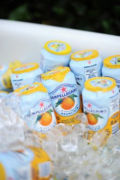 Le Monde est a Nous my favorite orange soda - San Pellegrino Aranciata Snack Recipes, Snacks, Drink Recipes, Think Food, Tasty, Yummy Food, San Pellegrino, Summer Drinks, The Best