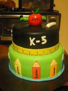 Kindergarten grad cake