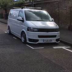 Vw Caravelle, T4 Transporter, Vw Vans, Vw T5, Cars, Nice, Vans, Autos, Vehicles