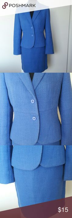 Suit Womans  (PETITE SOPHISTICATE) This is a beautiful royal blue womans suit. The skirt measures 17 inches. The jacket has a collar and 2 buttons and is fitted. PETITE SOPHISTICATE Skirts Skirt Sets