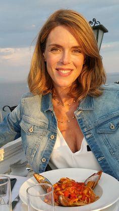 Julie andrieu julie andrieu pinterest femmes for Coupe de cheveux julie andrieu