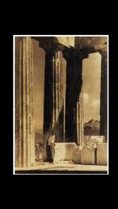 """Edward Steichen - """" Isadora Duncan, the Parthenon """", 1921 - Gelatin silver print  - 50,8 x 34,3 cm"""