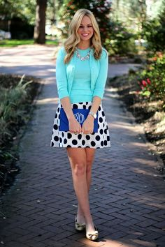 I really love this polka dot skirt! just a bit long tho Mein Style, Moda Vintage, Work Fashion, Preppy Fashion, Classic Fashion, Daily Fashion, Fashion Fashion, Preppy Style, Women's Fashion Dresses