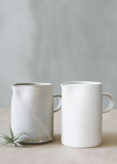 simple pitchers smal