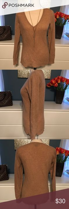 """Ann Taylor 100% Cashmere 34"""" bust 24"""" long. ❤️Take a look at our entire store  ❤️ We ship within 24 hours ❤️100% customer satisfaction rating ❤️Customer service always here to help ❤️Send us offers, we love Bundles also.                                      ❤️We are an Online Clothing Company  Thanks for shopping at DuttyKangaroo. You are appreciated! Ann Taylor Sweaters V-Necks"""